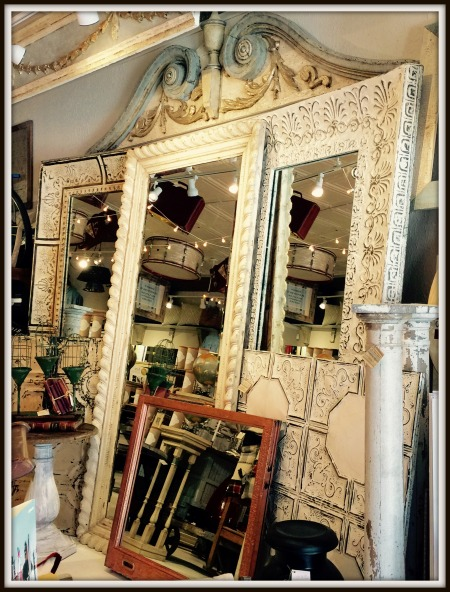 Mirrors 1 frame