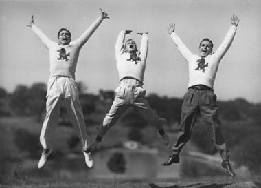 male-cheerleading1